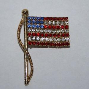 Beautiful vintage USA Flag brooch